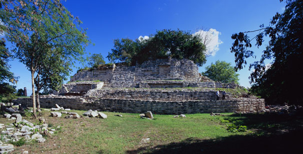 Chultun Temple Right Side  at Ake - ake mayan ruins,ake mayan temple,mayan temple pictures,mayan ruins photos